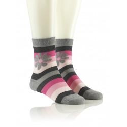 Modne nogavice - sivo-roza z rožico